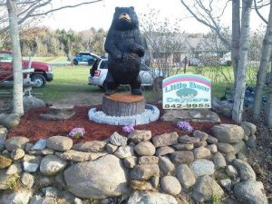 chainsaw carved bear 7 ft